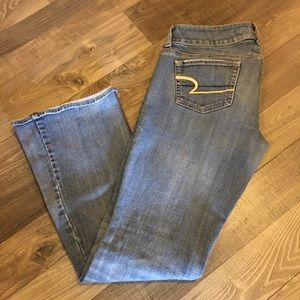 American Eagle Ripped Bootleg Jeans sz 8